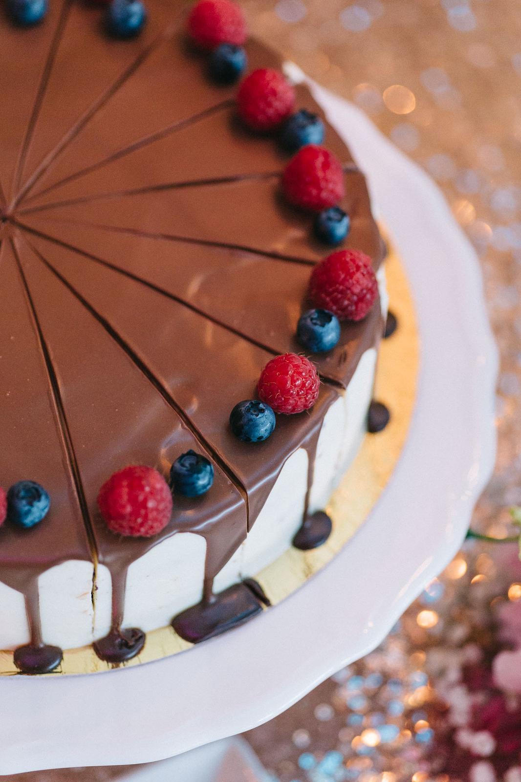 Daniela {{_AND_}}Tomáš - Mascarpone torta so slaným karamelom. Ani sa mi neušlo, tak som sa tešila :D