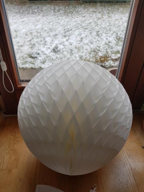Honeycomb koule - bílé - Obrázek č. 1