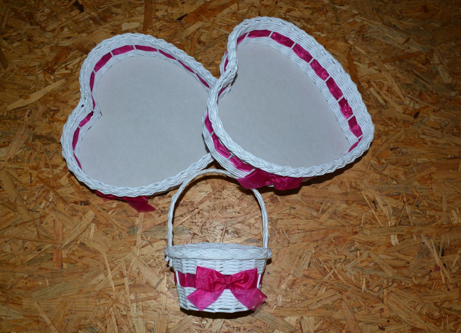 Srdcové tácy a košíček - Obrázek č. 1