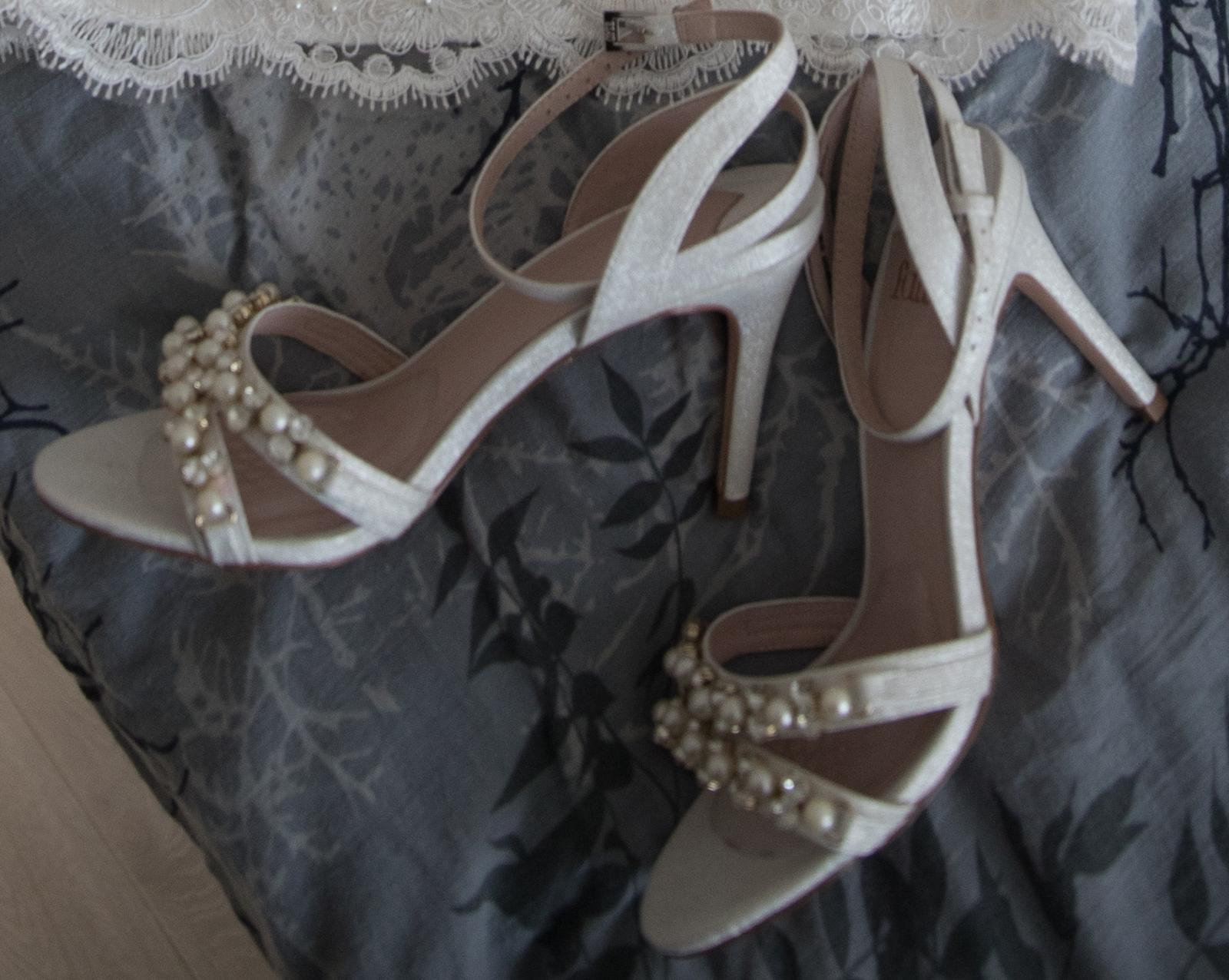 Svadobné sandálky-predané - Obrázok č. 2