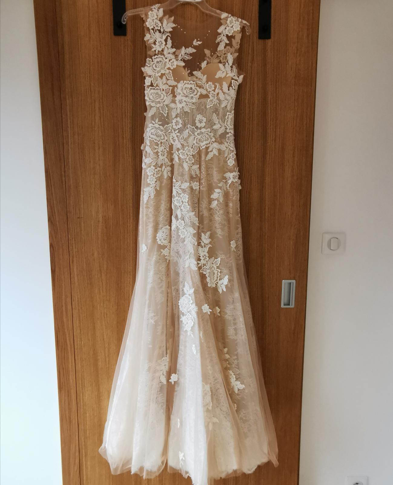 svadobné šaty čipkované - Obrázok č. 4