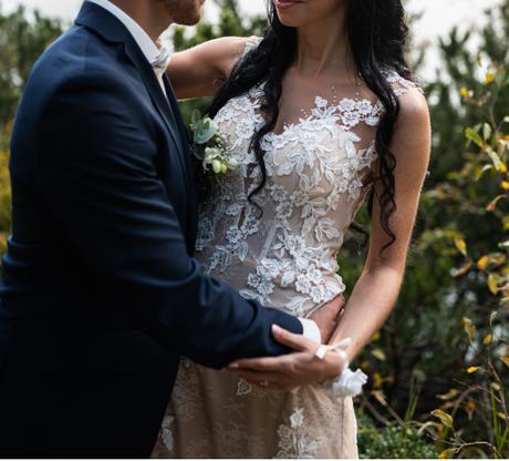 svadobné šaty čipkované - Obrázok č. 3