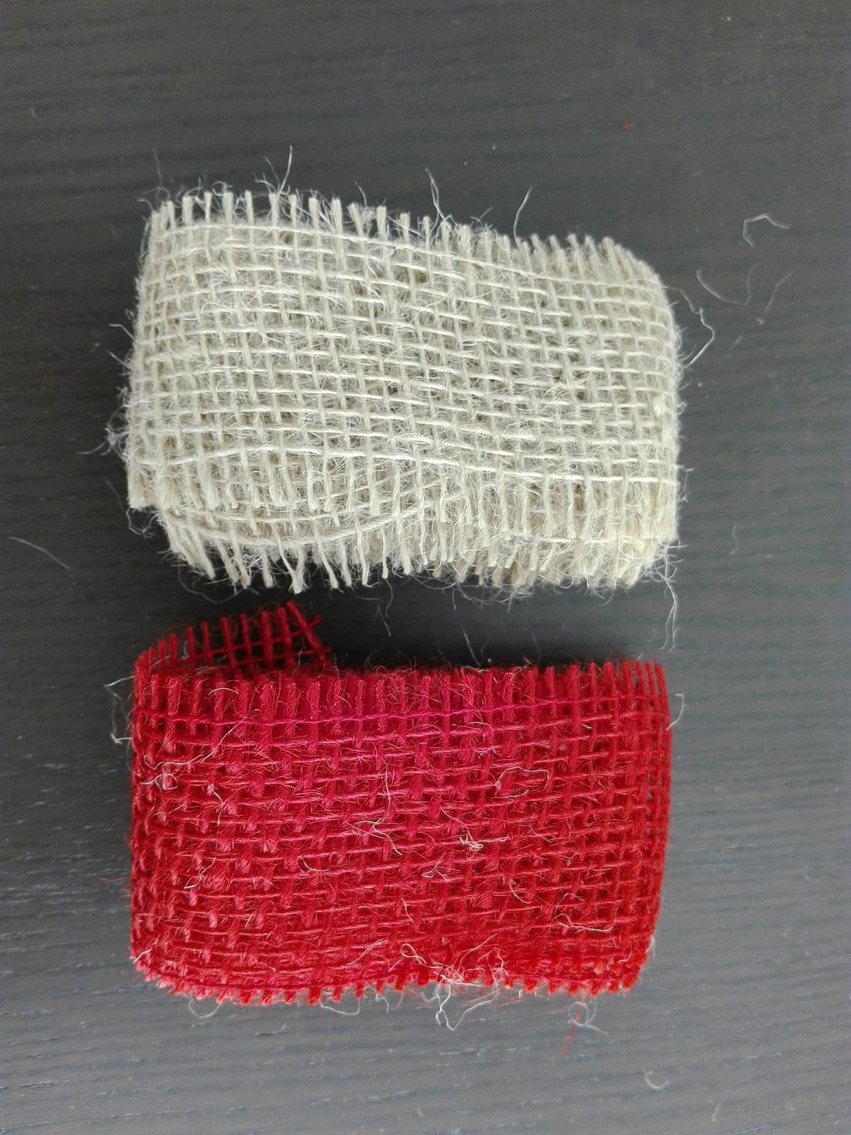 2 jutové stuhy přírodní a červená - Obrázek č. 1