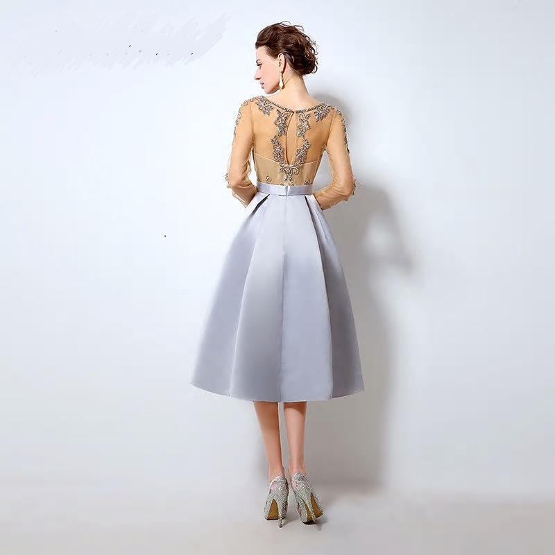 Luxusné krátke spoločenské šaty  - Obrázok č. 2