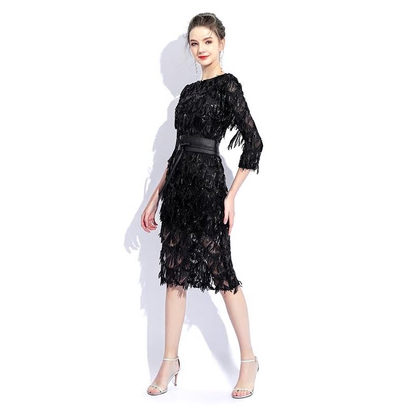 Krátke spoločenské šaty  - Obrázok č. 3