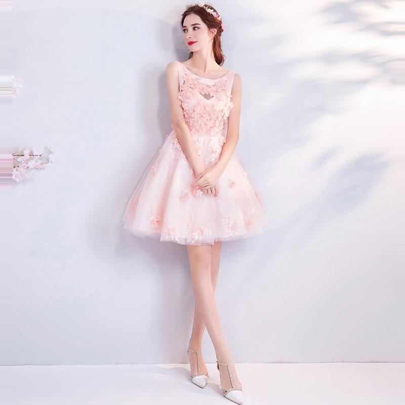 Krátke spoločenské šaty do veľkosti 46 - Obrázok č. 1