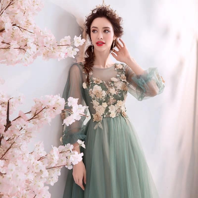 Dlhé spoločenské šaty do veľkosti 44 - Obrázok č. 4
