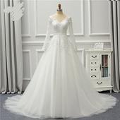 dc85c78e35c3 Rozprávkové svadobné šaty pre MOLETKY do 48