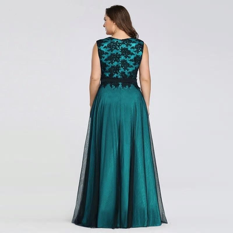 Dlhé spoločenské šaty pre MOLETKY do veľkosti 50 - Obrázok č. 2