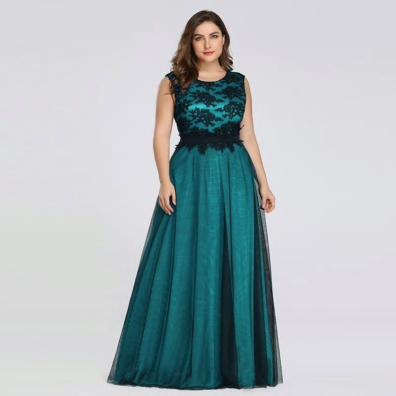 Dlhé spoločenské šaty pre MOLETKY do veľkosti 50 - Obrázok č. 4