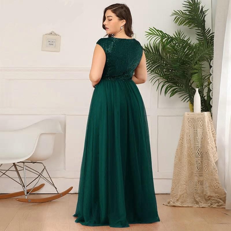 Dlhé spoločenské šaty do veľkosti 50 - Obrázok č. 2
