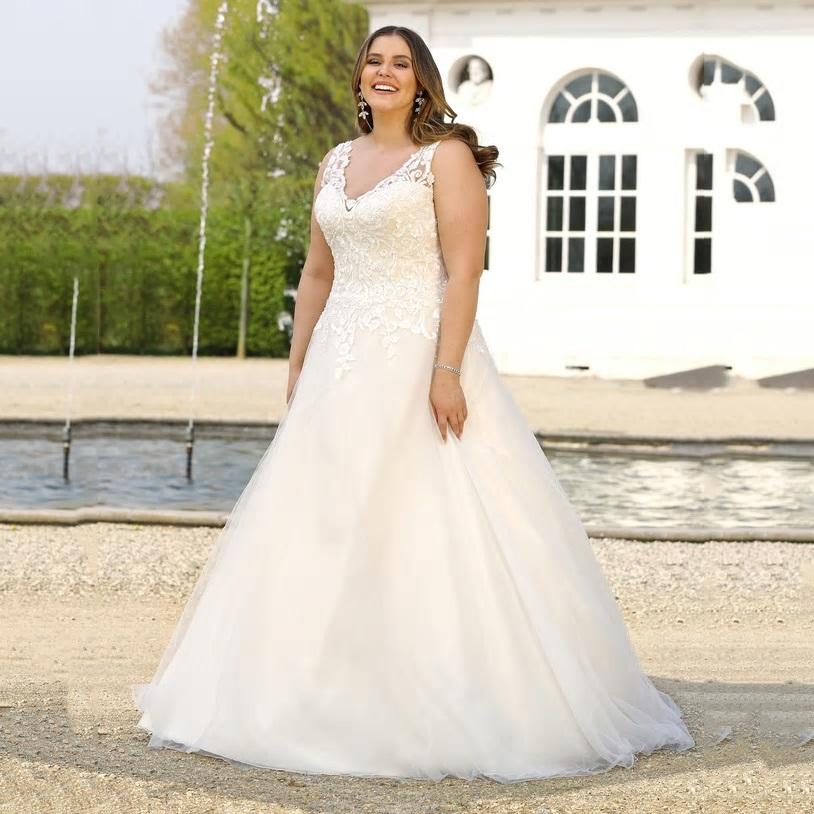 Svadobné šaty - veľ. 32 až 56 - Obrázok č. 1