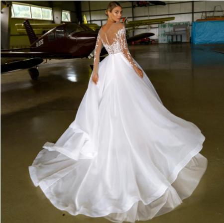 Svadobné šaty do veľkosti 56 - Obrázok č. 2