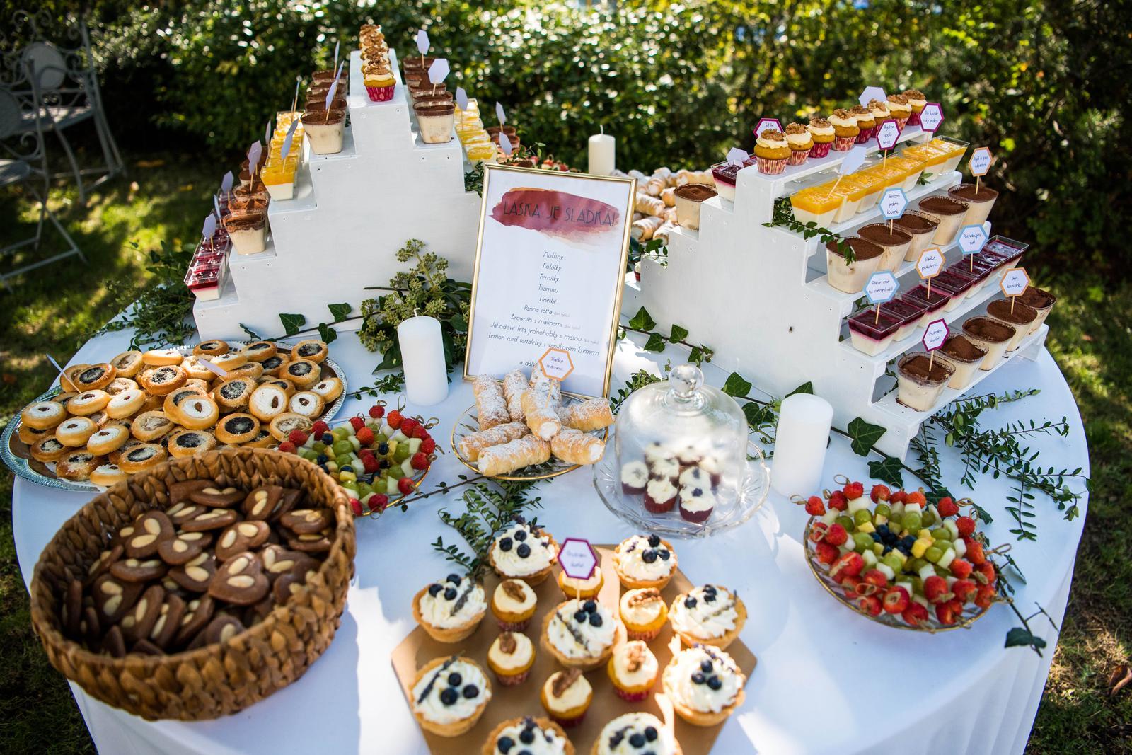 Stojany na mini dortíky, cupcakes atd. - Obrázek č. 1