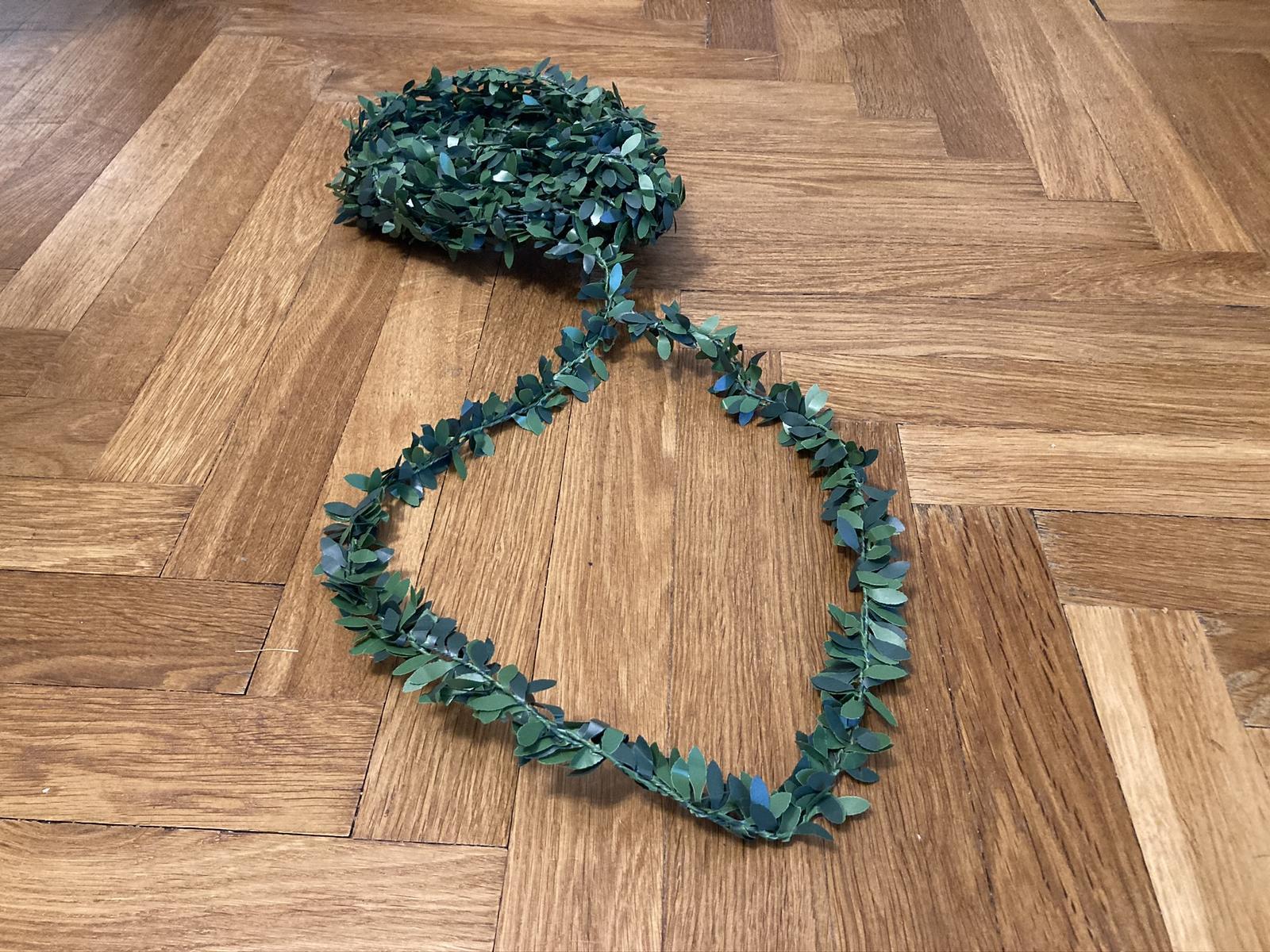 Zelená girlanda - Obrázek č. 1