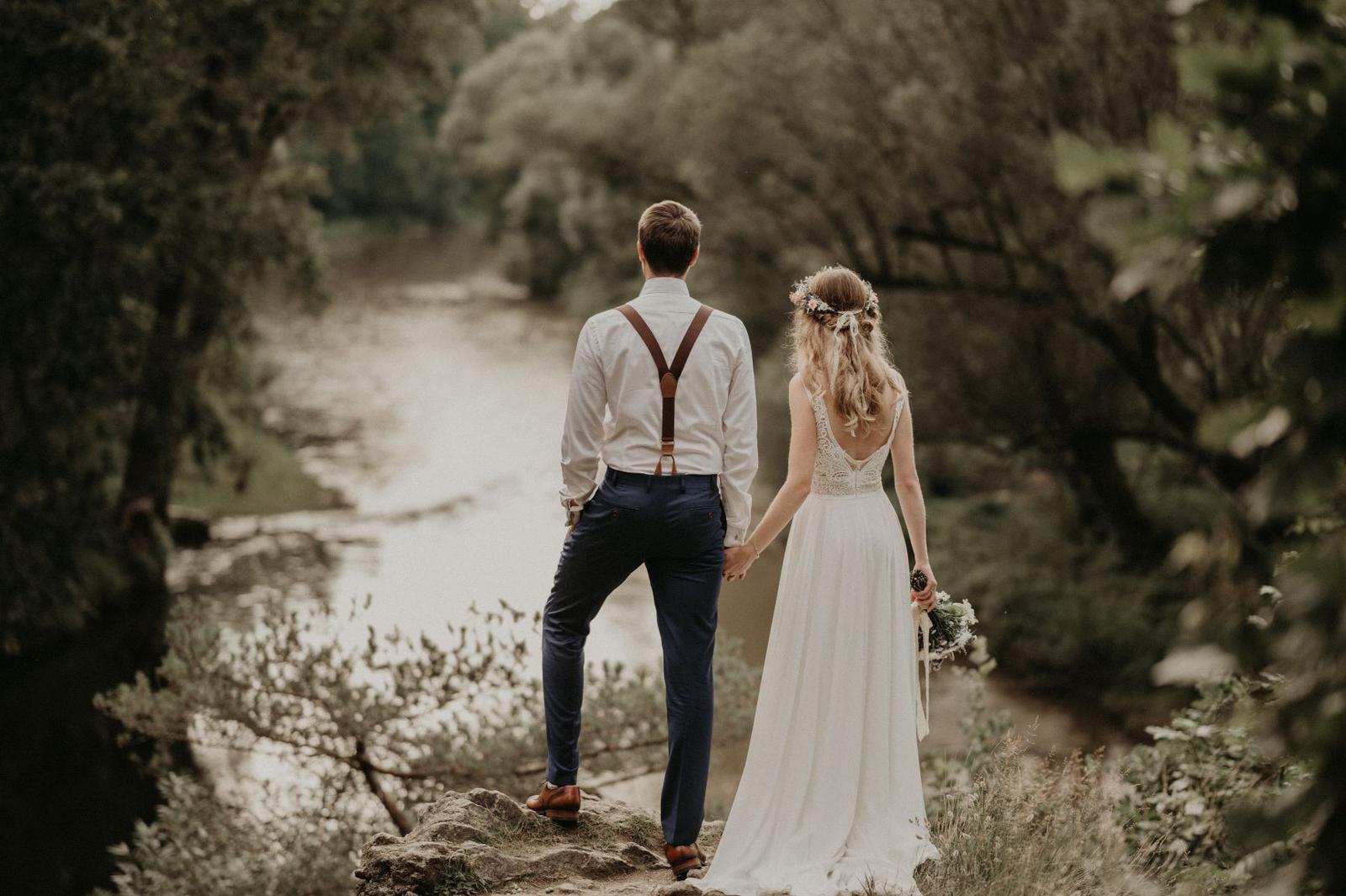Svatební šaty v Boho stylu - Obrázek č. 1