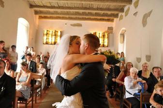 1. manželský polibek