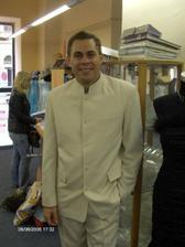 Pavlík v obleku