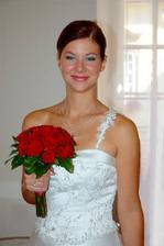 pěkně vybarvená nevěsta :-)...