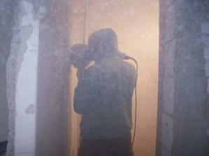 schovanie radiatorovych trubiek v socialkach do steny (UPOZORNUJEME - pri rezani vela prachu)