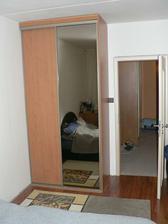 vestavka v prvni ložnici