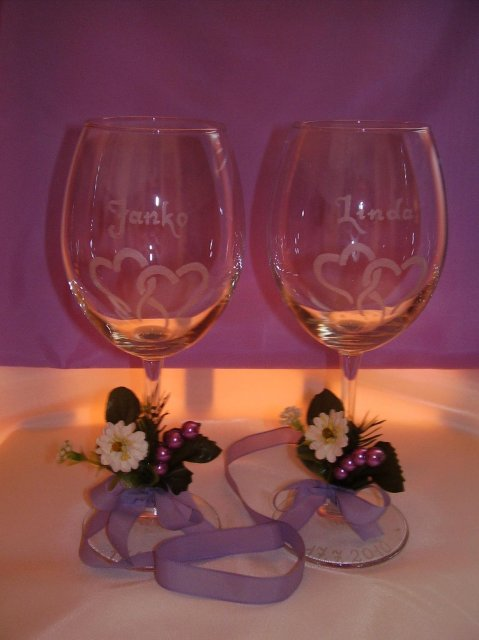 Linda & Jani - naše krásne svadobné poháriky, nááádheeernnéééé :)