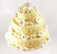 návrh na dort - jemné detaily na dortu by byli růžové