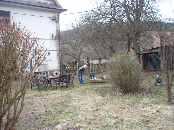 Trojanův mlýn - není promo firmy :-))) - Zahrada s posezením