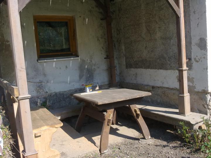 Trojanův mlýn - není promo firmy :-))) - V zahradě se dá sedět všude možně