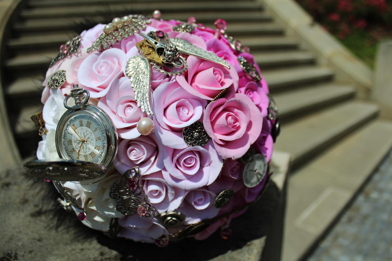 Neživé kytice - Obrázek č. 350