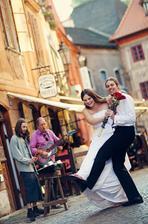 První manželský tanec proběhl na ulici :-))))