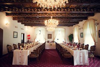 Vyzdobený sál