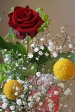 krásná květina k 1. výročí svatby