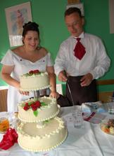 Krájení dortu nechávám na manželovi