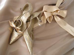 moje botičky na svatbu (o: