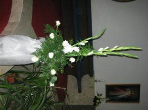 kyticka pri bohostanku