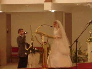 citali sme a spievali zalm :)mali sme velku tremu