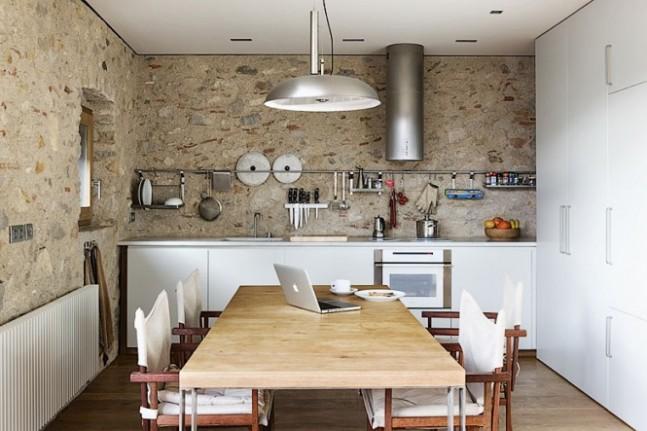 Drevo a biela v kuchyni - Obrázok č. 4
