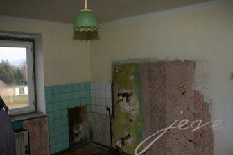 a takle vypadala kuchyn, kdyz byt koupila