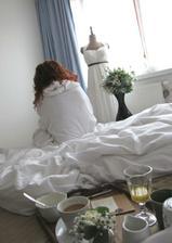 jednou se u mě doma probudila nevěsta :)
