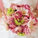 Toto je inspirace na svatební kytičku. Bude ve stejném stylu, jen možná trošku jiné květy a bude v barvě svatle oranžové a světle žluté.