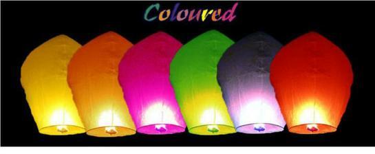 Rozhodli sme sa pre farebne, nech to je vesele :-P dnes dorazili - vyber farieb od dodavatela nahodny-takze nam poslali len cervene, ruzove, oranzove, zlte a biele...no snad to bude ok :-)