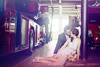 Romantické zátiší s hasičskou sjezdovou tyčí :-D