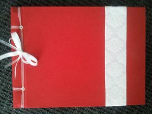 Naše svatební kniha, včera dorazila