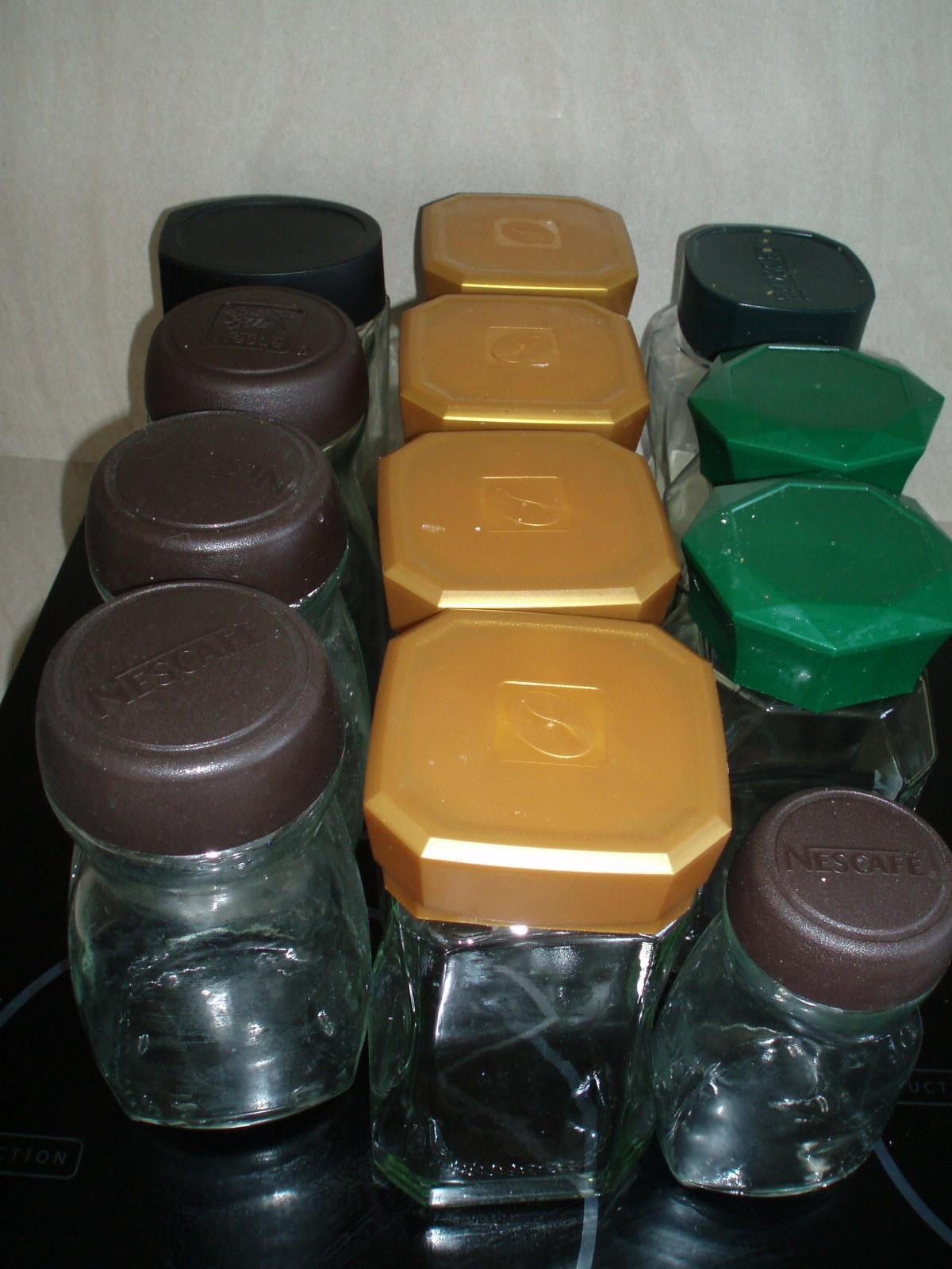 Rôzne poháre s uzáverom - Obrázok č. 1
