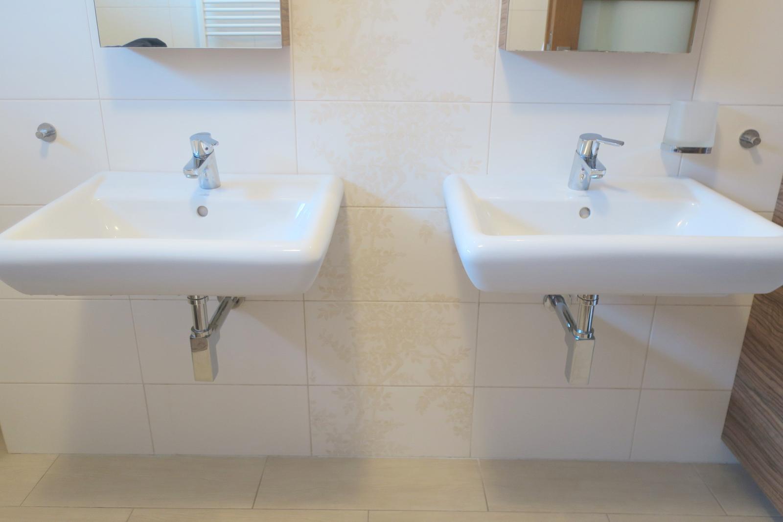 2 umývadla za cenu jedného - Obrázok č. 1