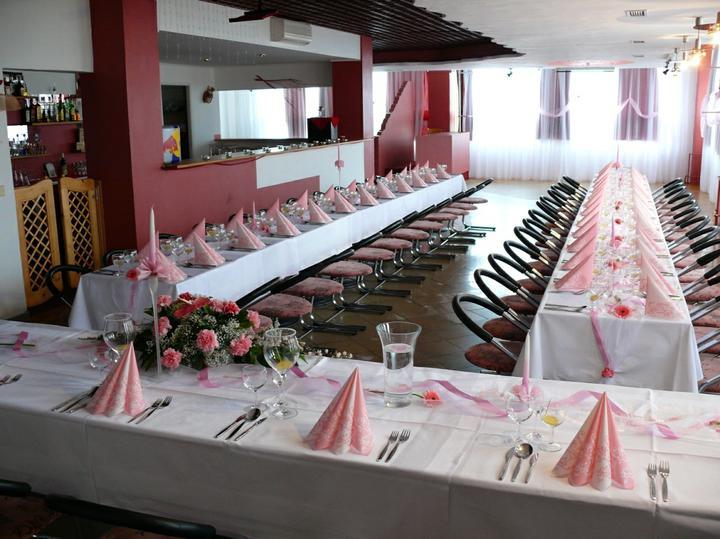 Mirka a Liborko - 24.9.2011 - tu bude svadobná hostina (výzdoba bude trosku iná)