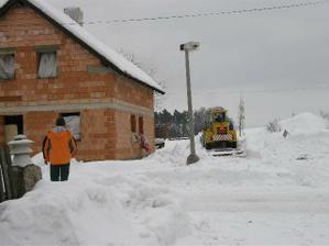 odklízíme sníh..........