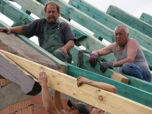 stavební dozor.............tatínkové