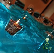 sviečky s kávou aby prevoňala svadobná miestnosť